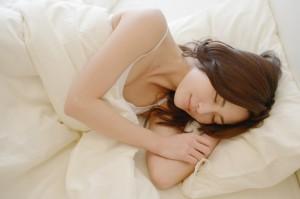 寝ている妻